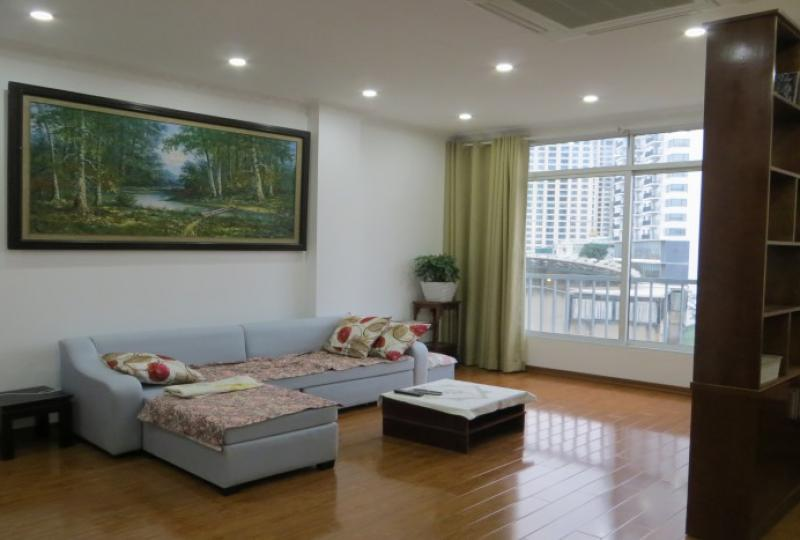Tay Ho apartment for rent comes with one bedroom one bathroom