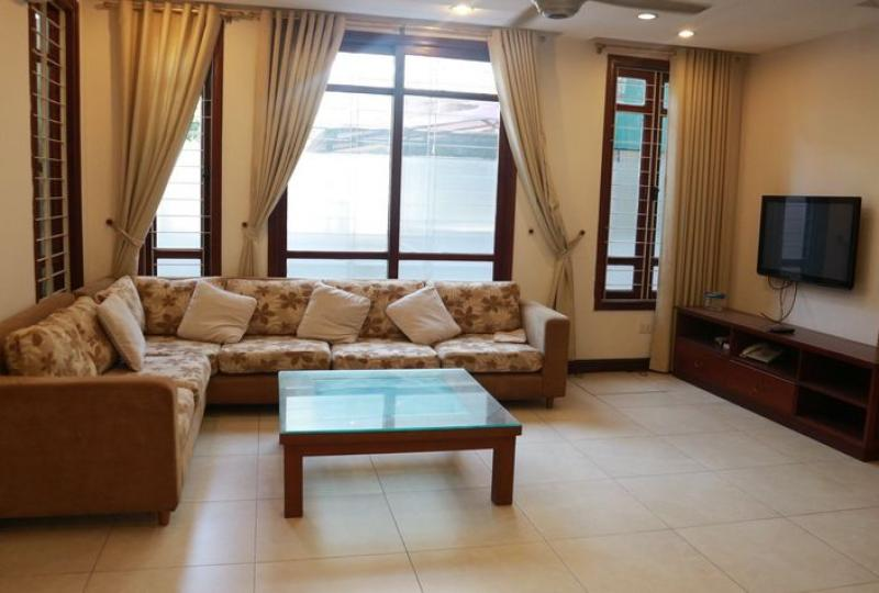 Tay Ho house to rent with 06 bedrooms on Dang Thai Mai