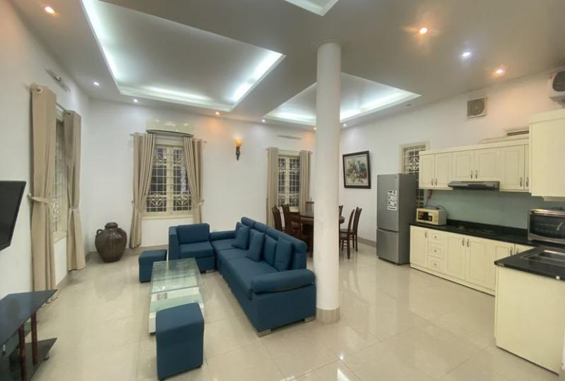 Tay Ho house to rent with furnished 4 bedrooms