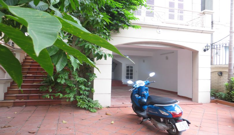 Tay Ho partly furnished 5 bedroom house rental, westlake area