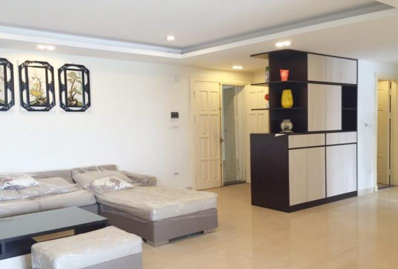 Tay Ho Residence building, 2 bedroom apartment for rent with furnished