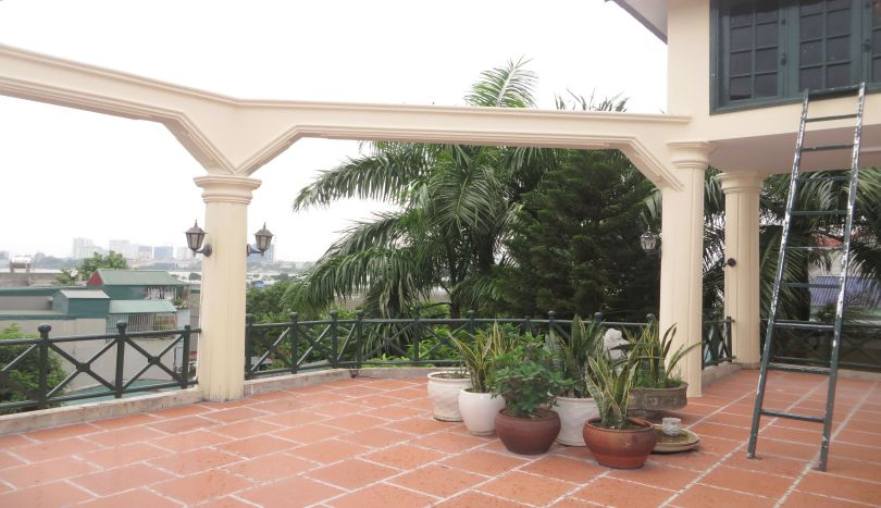 Terrace 5 bedroom house for rent with unfurnished, Tay Ho district