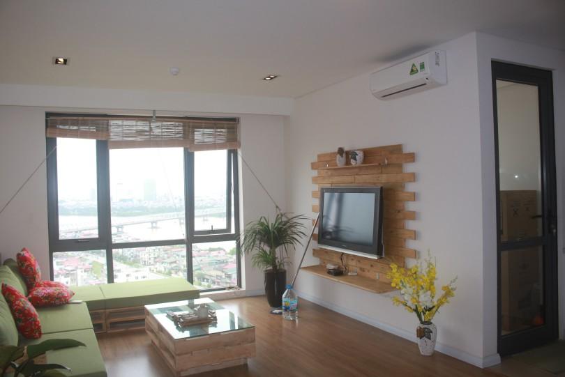 Three bedroom apartment rental in Long Bien Mipec Riverside