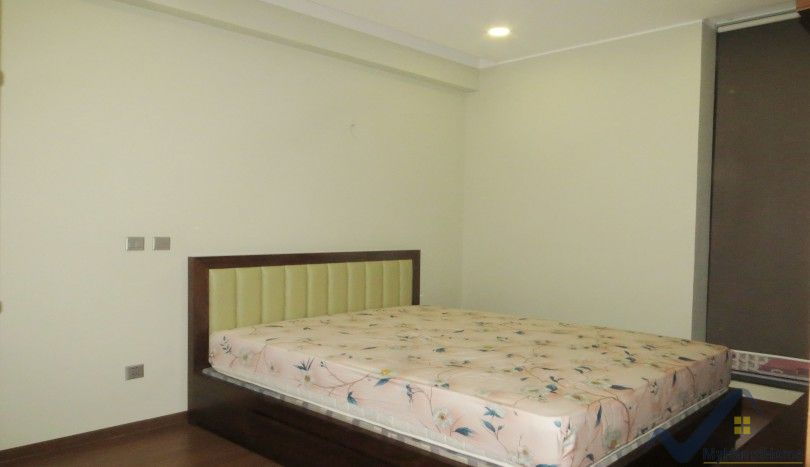 Trang An Complex apartment rental with 02 bedrooms & 02 bathrooms