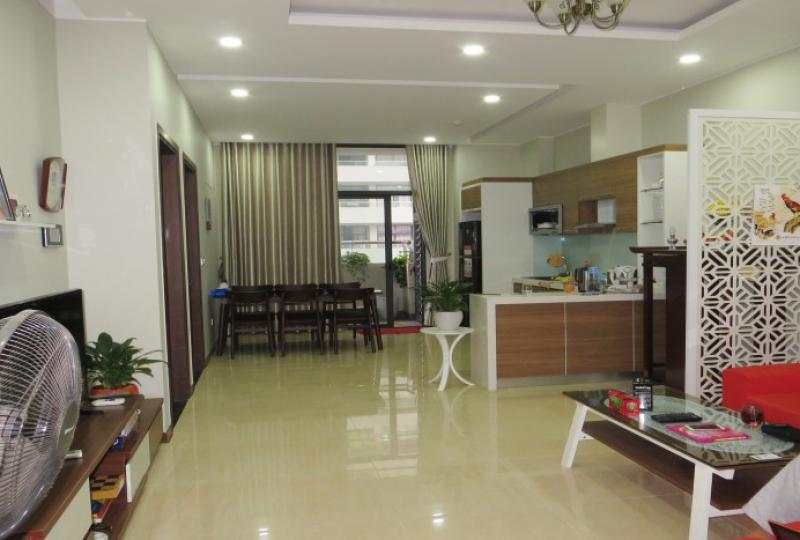 Trang An Complex Cau Giay furnished 02 bedroom apartment to rent
