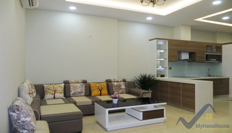 Trang An Complex Cau Giay two bedroom apartment for rent furnished