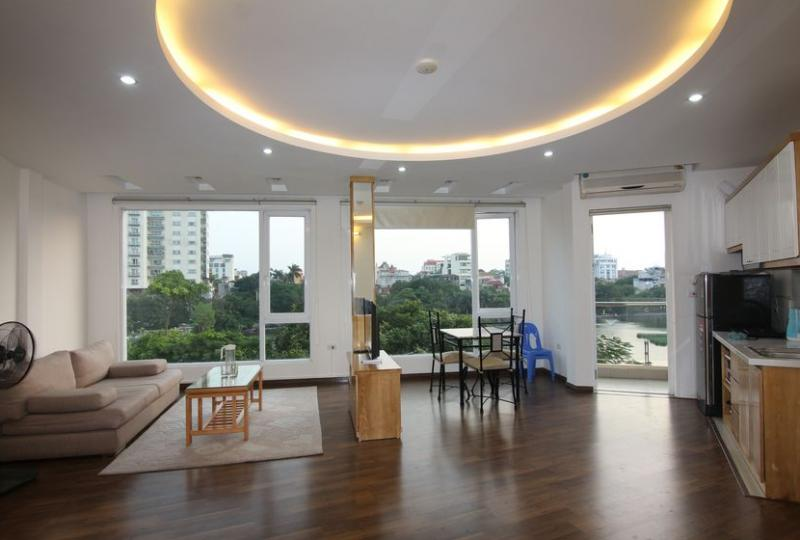 Truc Bach apartment Hanoi for 1 bedroom with lake view