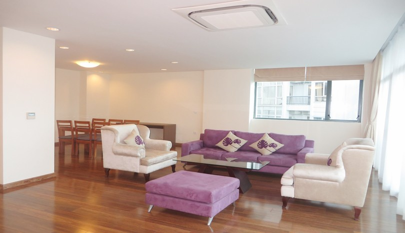Truc Bach serviced apartment, 3 bedrooms, 3 bathrooms for rent