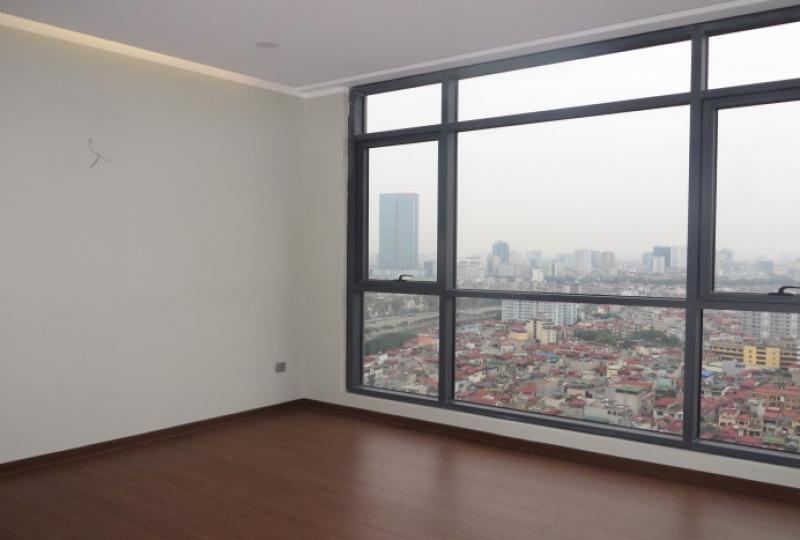 Unfurnished apartment in Trang An Complex for rent, 3 bedrooms