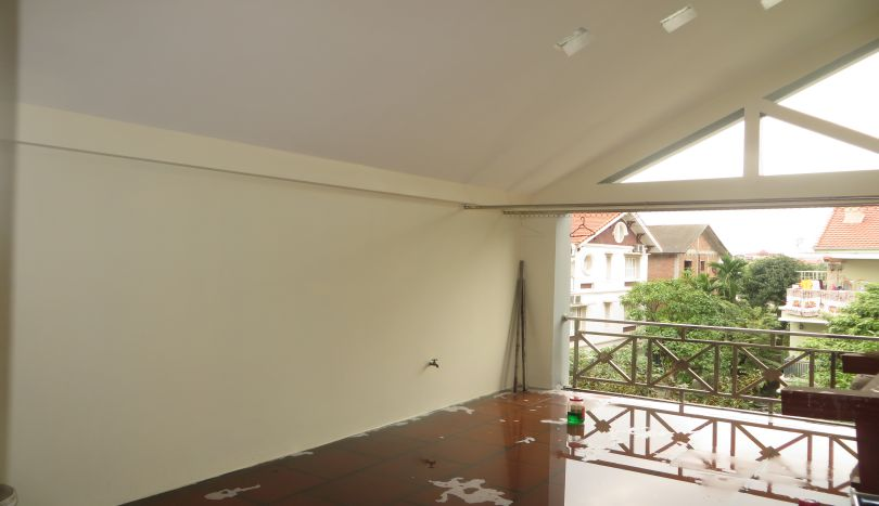 Unfurnished house for rent in Long Bien, Sai Dong urban