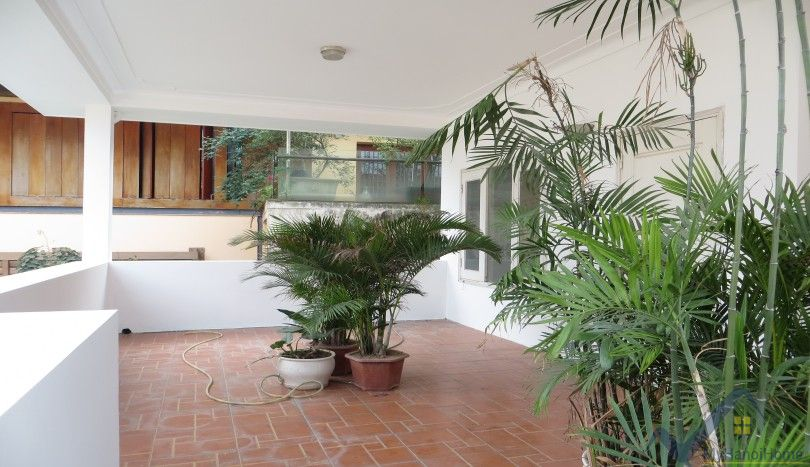 Villa in Tay Ho with swimming pool and car access