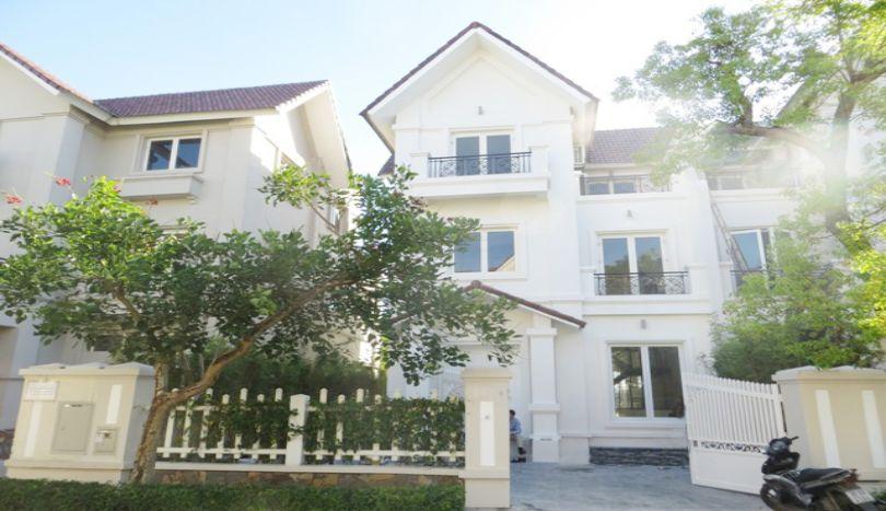 Villa of 4 bedroom to rent in Vinhomes Riverside, Long Bien