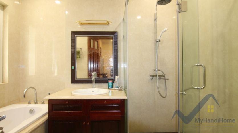 villa-vinhomes-riverside-for-lease-close-bis-school-10