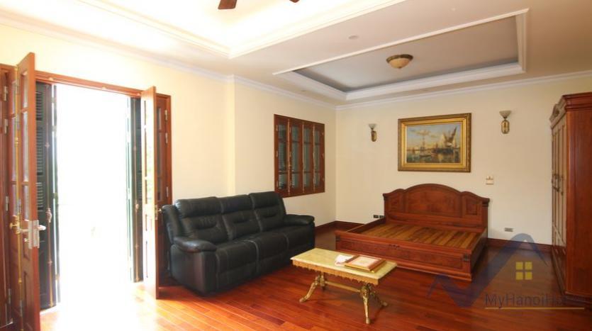 villa-vinhomes-riverside-for-lease-close-bis-school-11