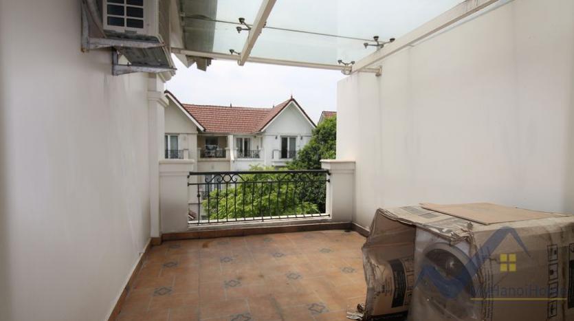 villa-vinhomes-riverside-for-lease-close-bis-school-17