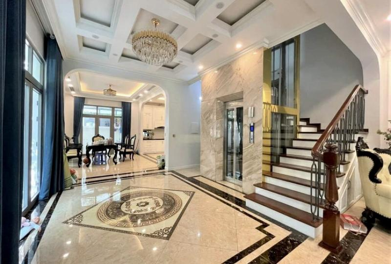 Vinhomes Harmony house to rent with 3 bedrooms and elevator