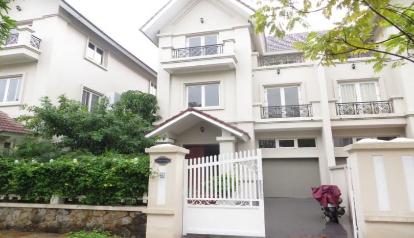 Vinhomes Long Bien unfurnished 4 bedroom villa for rent