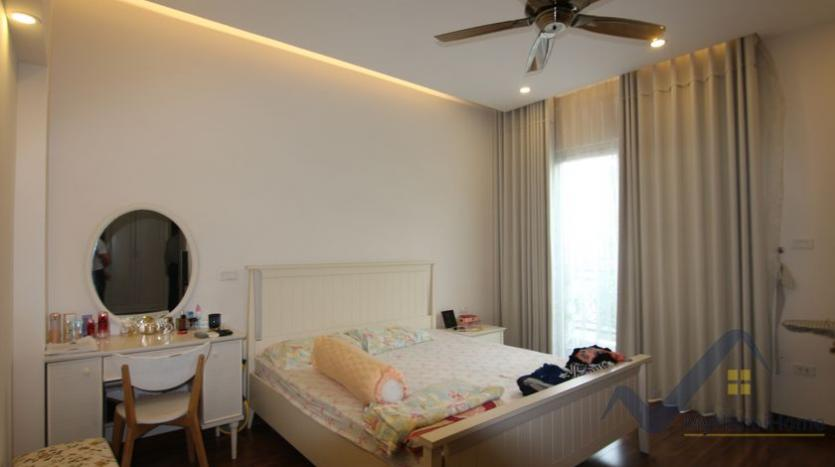 vinhomes-riverside-house-for-rent-with-furnished-4-bedrooms-20