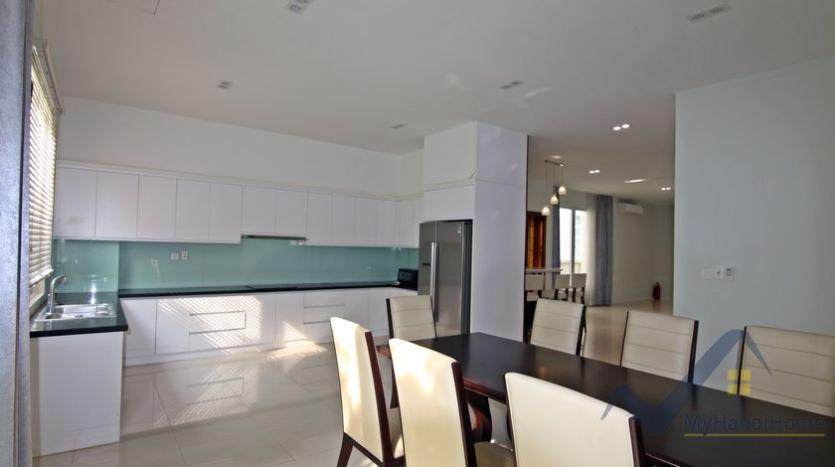 vinhomes-riverside-house-rental-in-hoa-sua-4-bedrooms-3