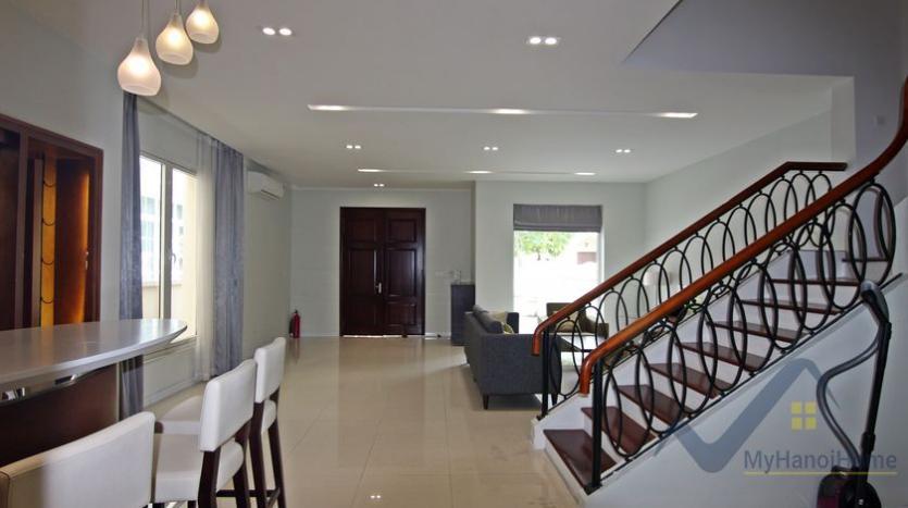 vinhomes-riverside-house-rental-in-hoa-sua-4-bedrooms-4