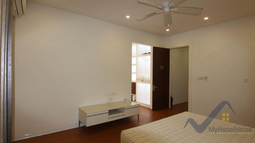 vinhomes-riverside-house-rental-in-hoa-sua-4-bedrooms-6