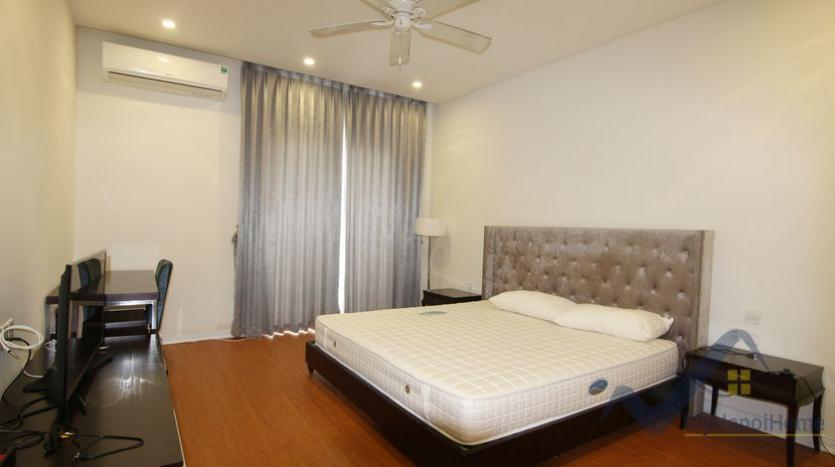 vinhomes-riverside-house-rental-in-hoa-sua-4-bedrooms-9