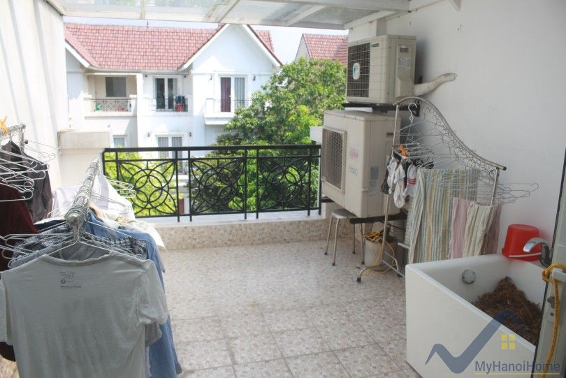 Vinhomes Riverside Long Bien house for rent next to Almaz