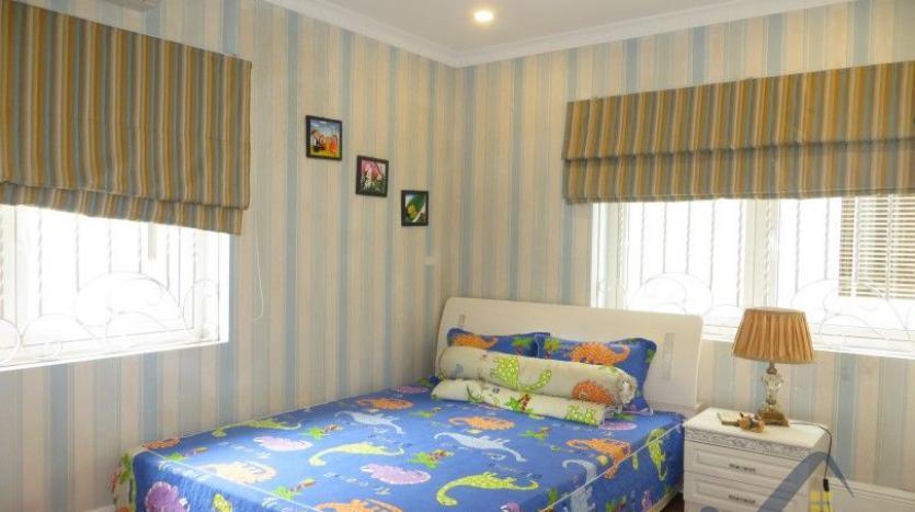 vinhomes-riverside-long-bien-villa-for-rent-fully-furnished-nice-garden-21