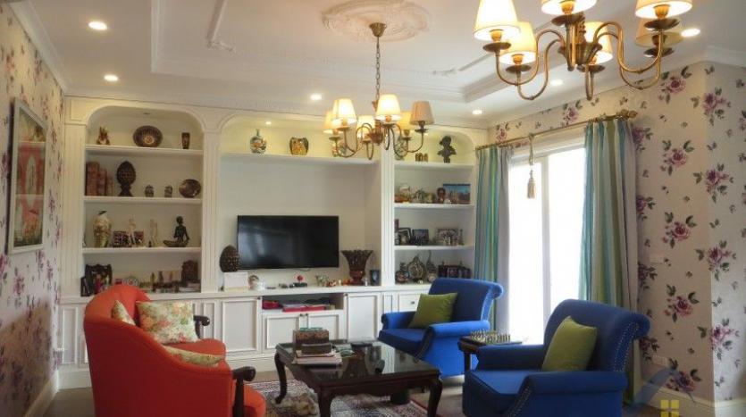 vinhomes-riverside-long-bien-villa-for-rent-fully-furnished-nice-garden-8