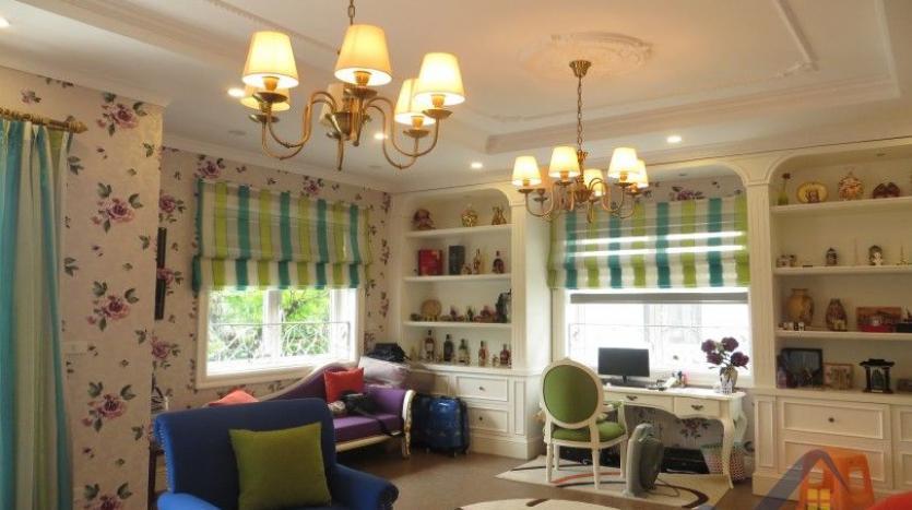 vinhomes-riverside-long-bien-villa-for-rent-fully-furnished-nice-garden-9