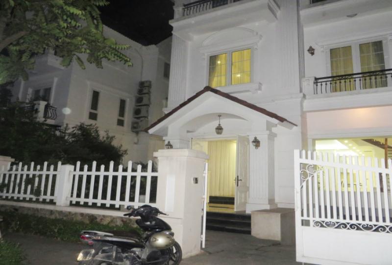 Vinhomes Riverside villa in Long Bien district, Hanoi 4 bedrooms