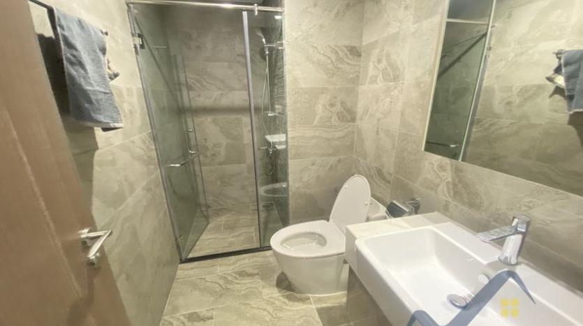 vinhomes-symphony-2beds-2baths-furnished-apartment-to-rent-10