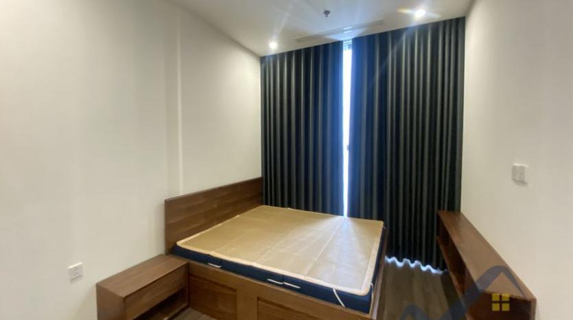 vinhomes-symphony-2beds-2baths-furnished-apartment-to-rent-6