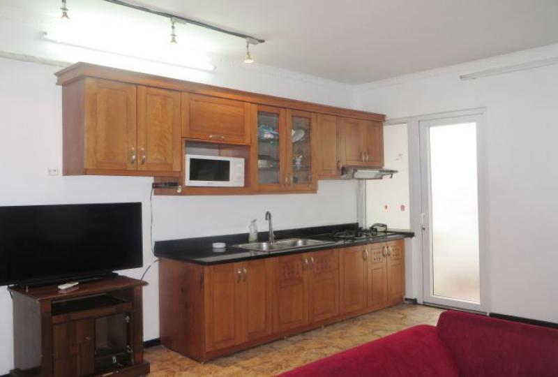 Warmly 1 bedroom apartment rental in Tay Ho, close to Westlake