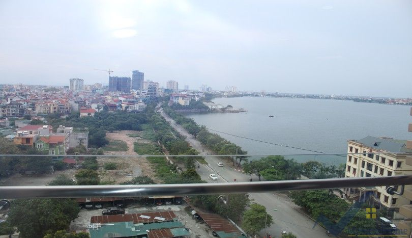 Watermark Hanoi apartment 2 bedrooms, lake view for rent
