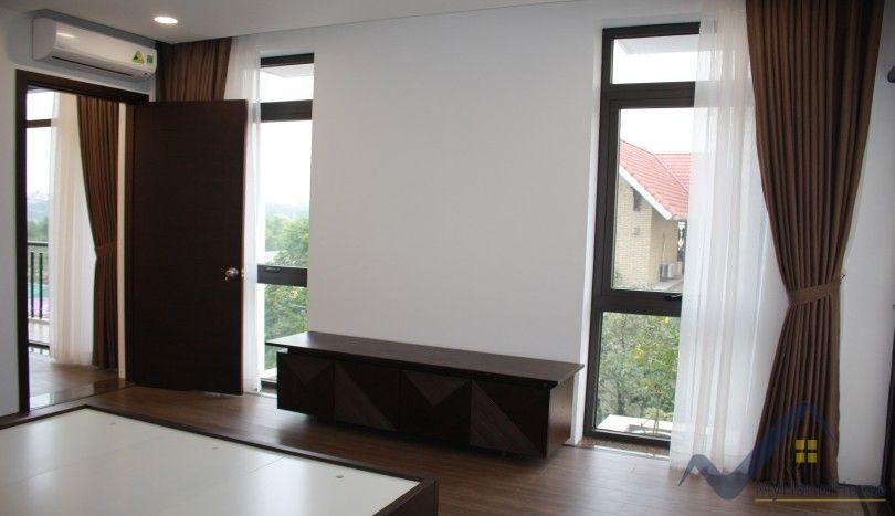 Westlake view apartment in Dang Thai Mai Tay Ho 3 beds