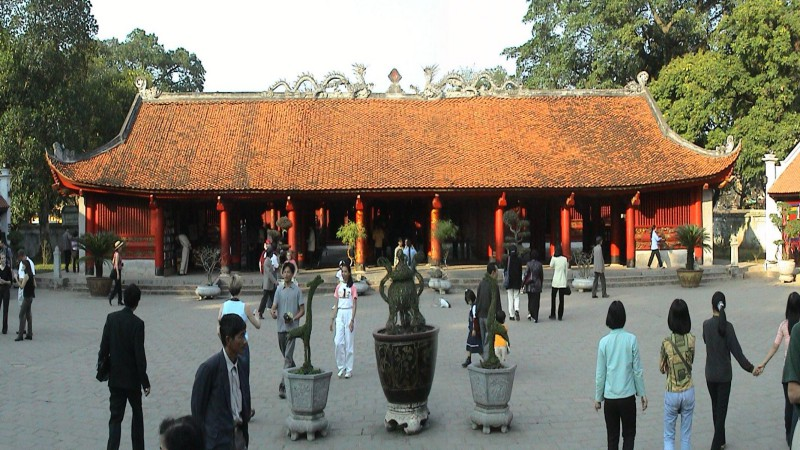 temple-of-literature-3